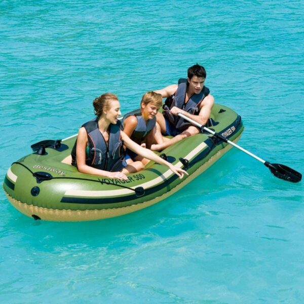 Bote Inflable + 2 Remos Voyager Bestway